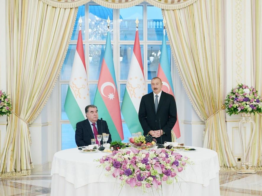 В Азербайджане был дан официальный прием в честь президента Таджикистана - ФОТО
