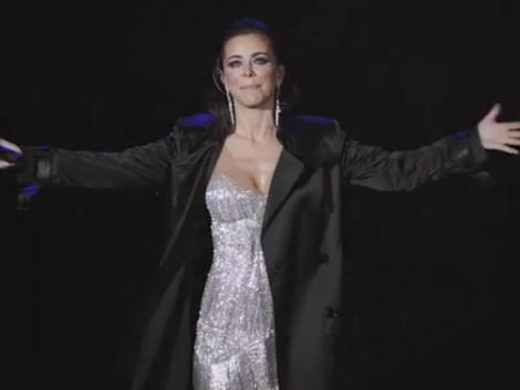 «Любовь давно ушла»: Ани Лорак расплакалась на первом концерте после измены мужа – ВИДЕО