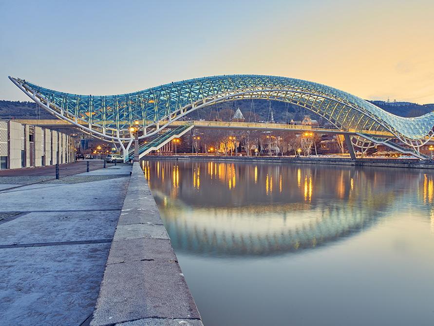 AZAL восстановит рейсы по маршруту Баку-Тбилиси-Баку