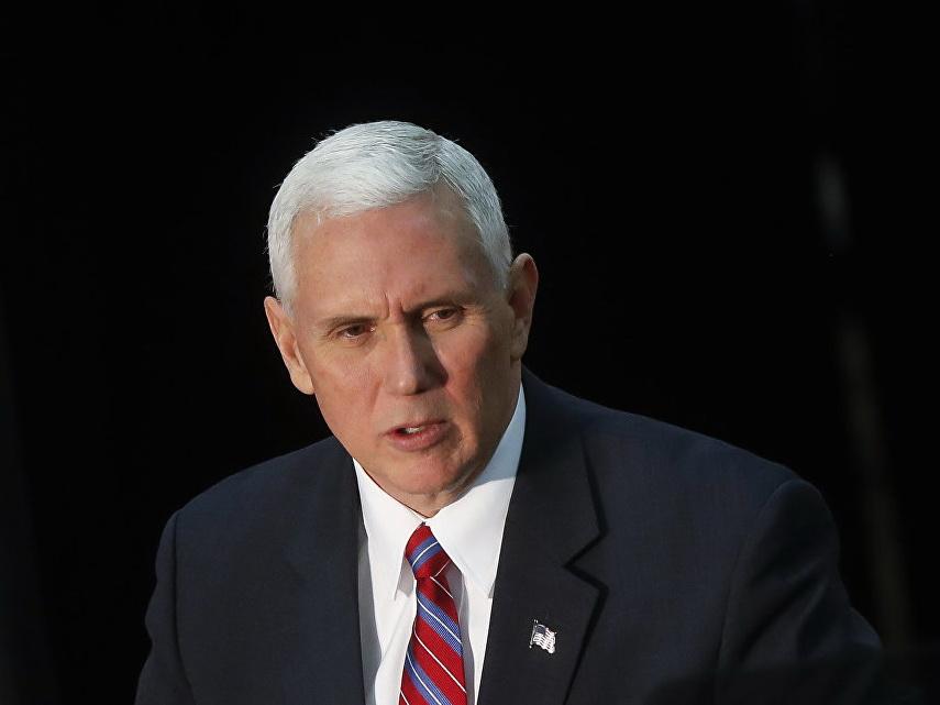Пенс призвал Турцию «не испытывать терпение Трампа» и освободить пастора