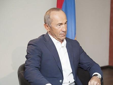Роберт Кочарян рассказал в суде о мятеже Сурета Гусейнова