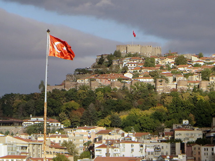 Министры финансов Франции и Турции обсудили противодействие санкциям США