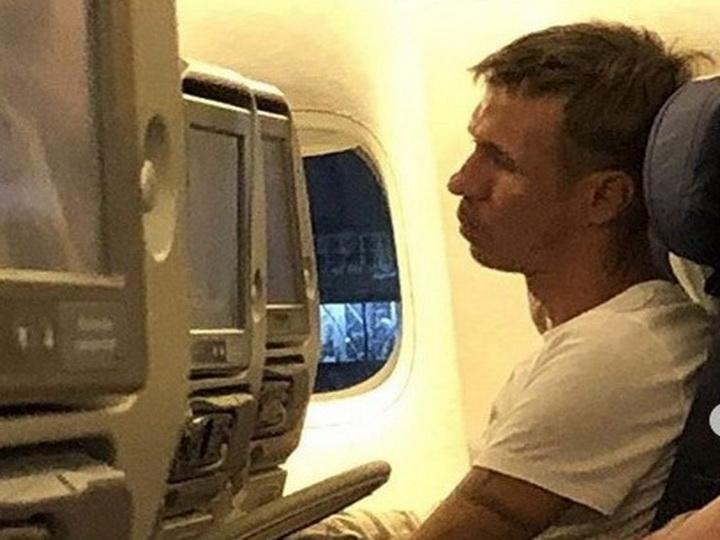Актер Алексей Панин устроил пьяный дебош в самолете – ФОТО – ВИДЕО