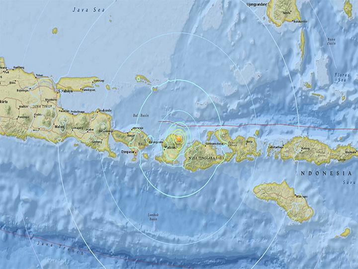 У берегов индонезийского острова Ломбок произошло землетрясение магнитудой 6,3