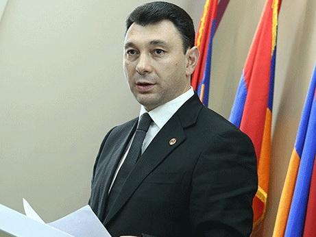 Новая власть Армении строит международные отношения на уровне «тостов» - Шармазанов