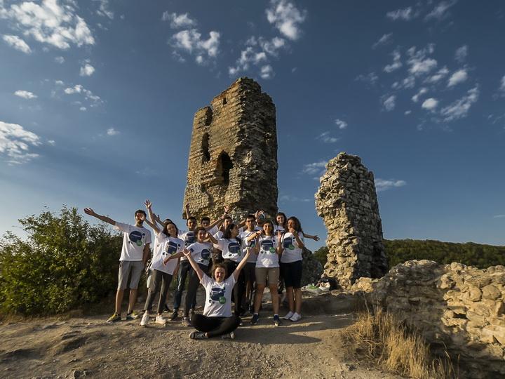 Еврошкола в Галаалты: Мотивируя и вдохновляя молодежь на успех – ФОТО