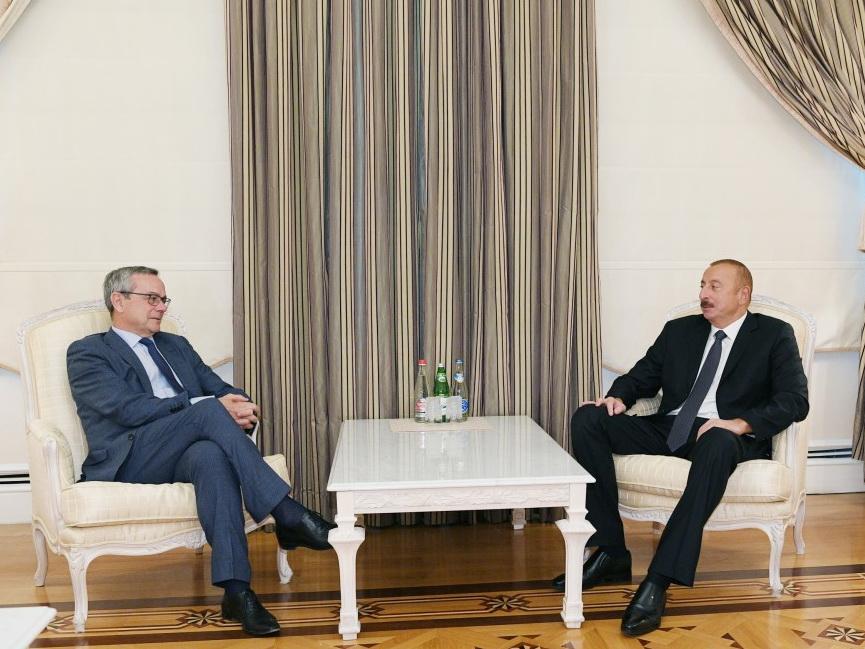 Президент Азербайджана Ильхам Алиев принял председателя ПА НАТО