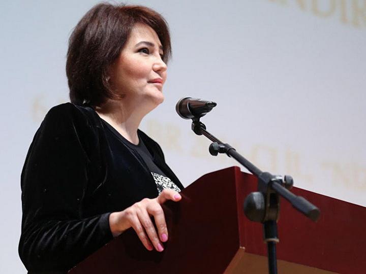 Махаббат Велиева: В школах Баку ряд классов в русских секторах не функционирует вообще