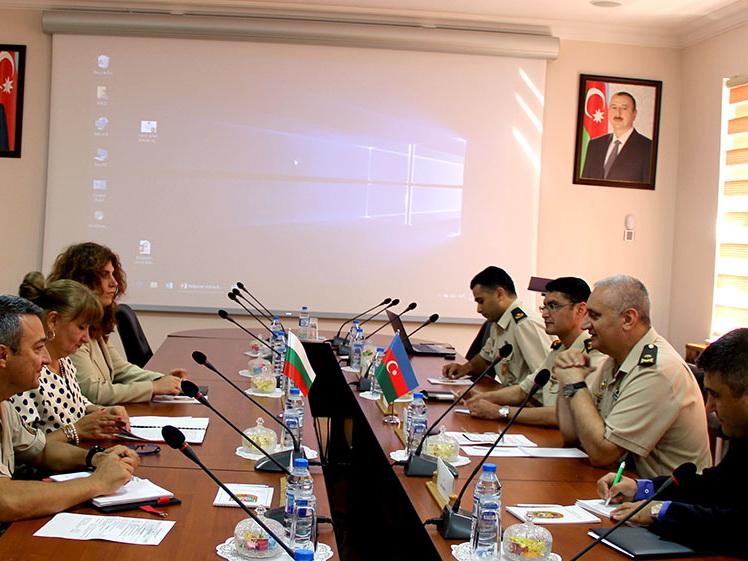 Азербайджан и Болгария обсудили перспективы развития двустороннего военного сотрудничества - ФОТО