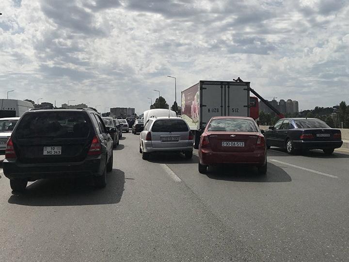 Завтра ряд дорог Баку будет перекрыт