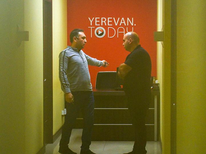 Обыски в Yerevan Today: Пашинян давит журналистов – ФОТО – ВИДЕО