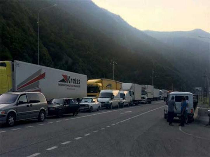 Армяне забеспокоились: Грузины не разрешают провозить через свою территорию зерновые продукты на автотранспорте