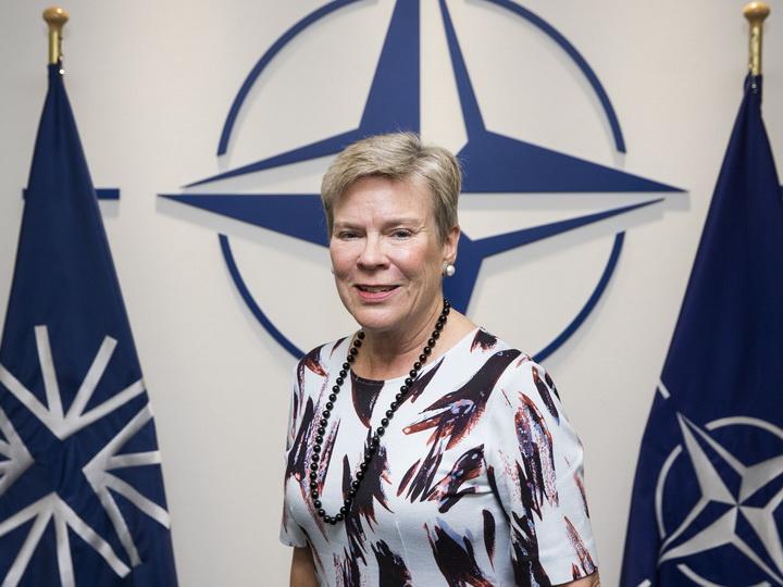 Замгенсекретаря НАТО едет в Азербайджан