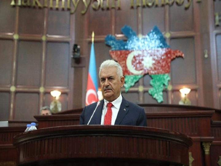 Binəli Yıldırım Milli Məclisdə Azərbaycan dilində danışdı