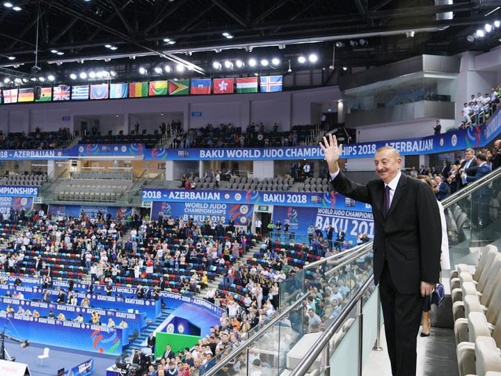 Президент Ильхам Алиев принимает участие в торжественной церемонии открытия чемпионата мира по дзюдо в Баку - ФОТО