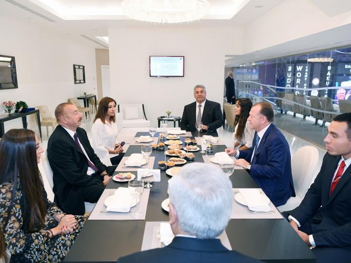 Президент Азербайджана встретился с президентом Международной федерации дзюдо - ФОТО