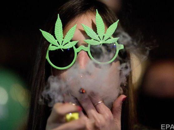 Требуются креативные наркоманы: в Канаде нанимают дегустатора каннабиса – ФОТО