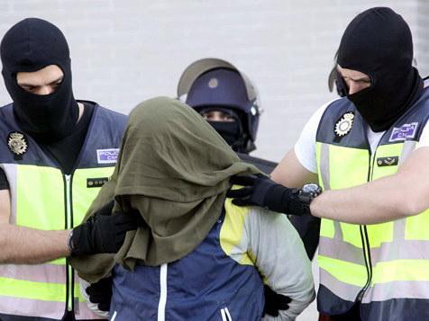 В Турции санкционировано задержание 110 военнослужащих, подозреваемых в связях с FETÖ