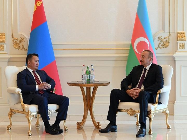 İlham Əliyev Monqolustan prezidenti ilə görüşüb – FOTO – YENİLƏNİB