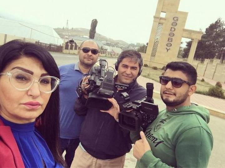 Азербайджанскую журналистку не пустили в отель с тремя мужчинами - ФОТОФАКТ