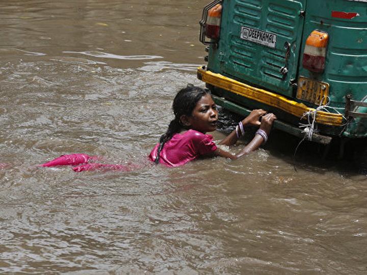 На севере Индии из-за ливней погибли не менее одиннадцати человек