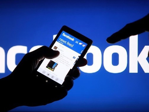 Facebook завладел списками контактов 1,5 млн пользователей