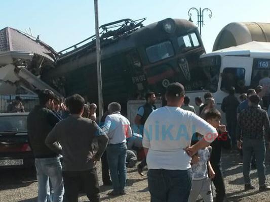 Каково состояние пострадавших пассажиров протараненного поездом автобуса? - ФОТО - ВИДЕО - ОБНОВЛЕНО