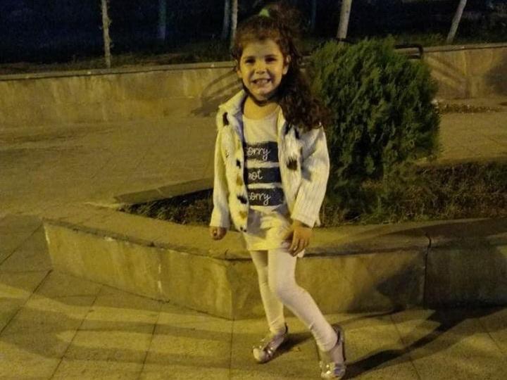 Нашлась пропавшая в Баку маленькая девочка – ФОТО - ОБНОВЛЕНО