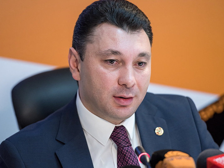 Вице-спикер парламента Армении: У нас будет не премьер, а царь, диктатор или тиран