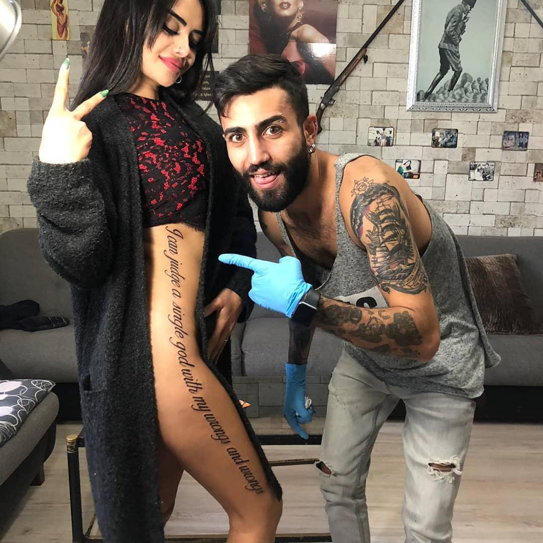 Naz высмеяли за нелепые ошибки в татуировке