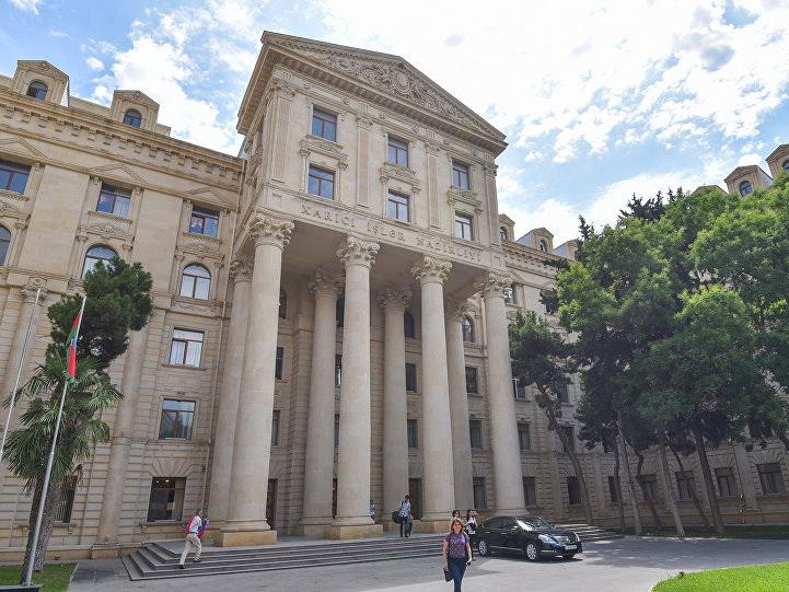 Официальный Баку: Армения наносит вред усилиям Франции по урегулированию конфликта