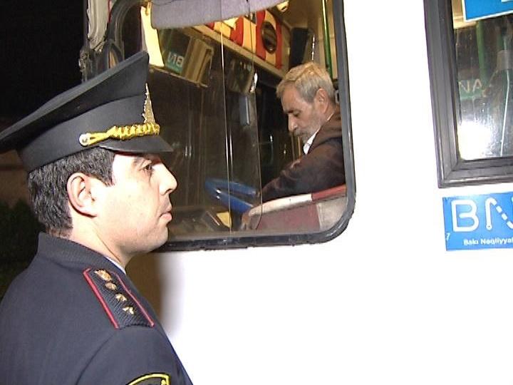 Дорожная полиция Баку проверила автобусы: десятки нарушений - ФОТО