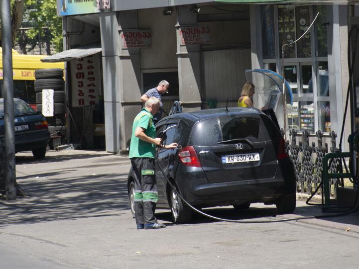 Стало известно, сколько Азербайджан поставил бензина и дизельного топлива в Грузию – ФОТО