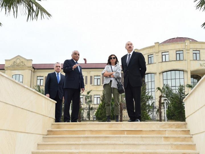 Президент Ильхам Алиев ознакомился с условиями, созданными в Парке молодежи в Губе - ФОТО