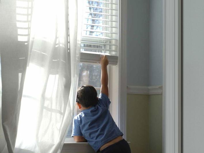 Шок в Баку! Ребенок, находящийся под влиянием родителей-сектантов, пытался совершить суицид