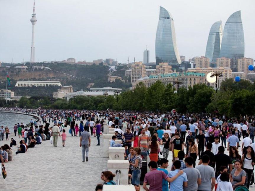 По коэффициенту прочности общественно-политической стабильности Азербайджан занимает первое место на постсоветском пространстве
