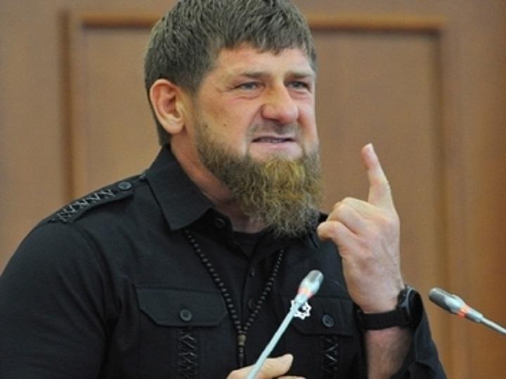 Kadırov xuliqanlıq edən çeçen gənci cəzalandırdı: