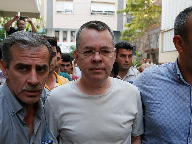 В Турции начинается суд над пастором Брансоном
