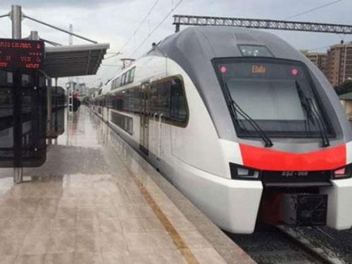 Поезд Баку-Гянджа будет развивать скорость до 150-160 км/ч