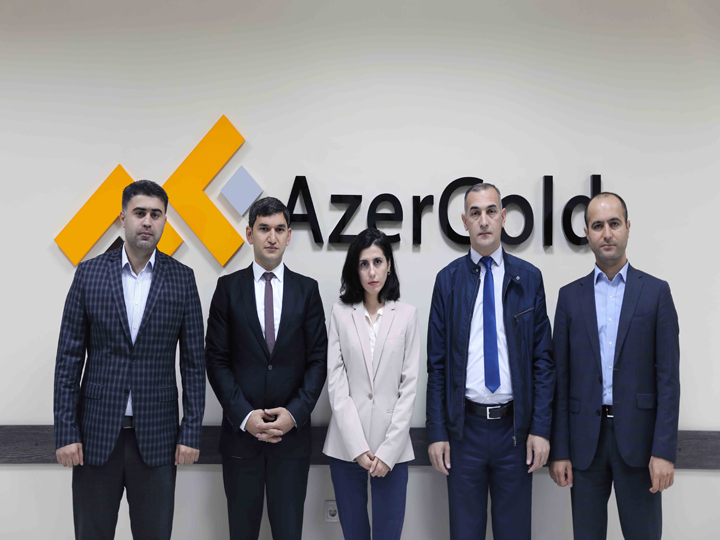 ЗАО AzerGold определило победителей объявленной по случаю 100-летия АДР программы стипендий
