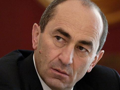 Роберт Кочарян прокомментировал решение Константинопольского патриархата по Украине