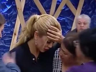 Хошгедем Хидаятгызы стало плохо в прямом эфире – ВИДЕО