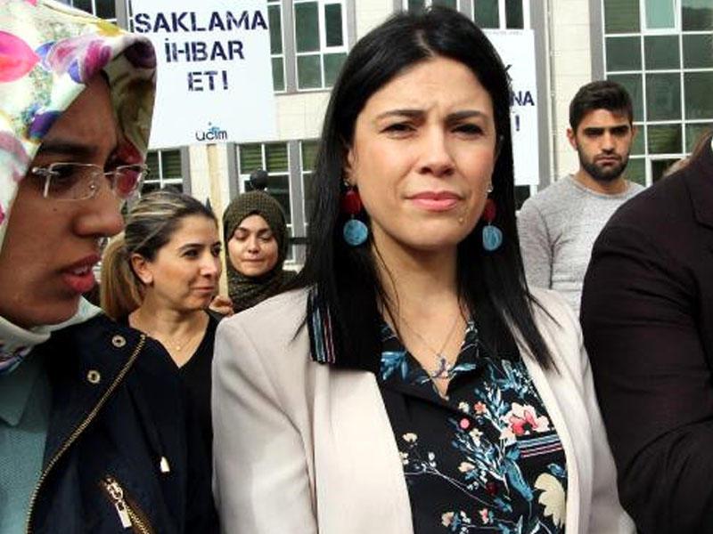 Şagirdləri ilə cinsi əlaqədə olan müəllimə 81 illik həbs şoku – FOTO – VİDEO
