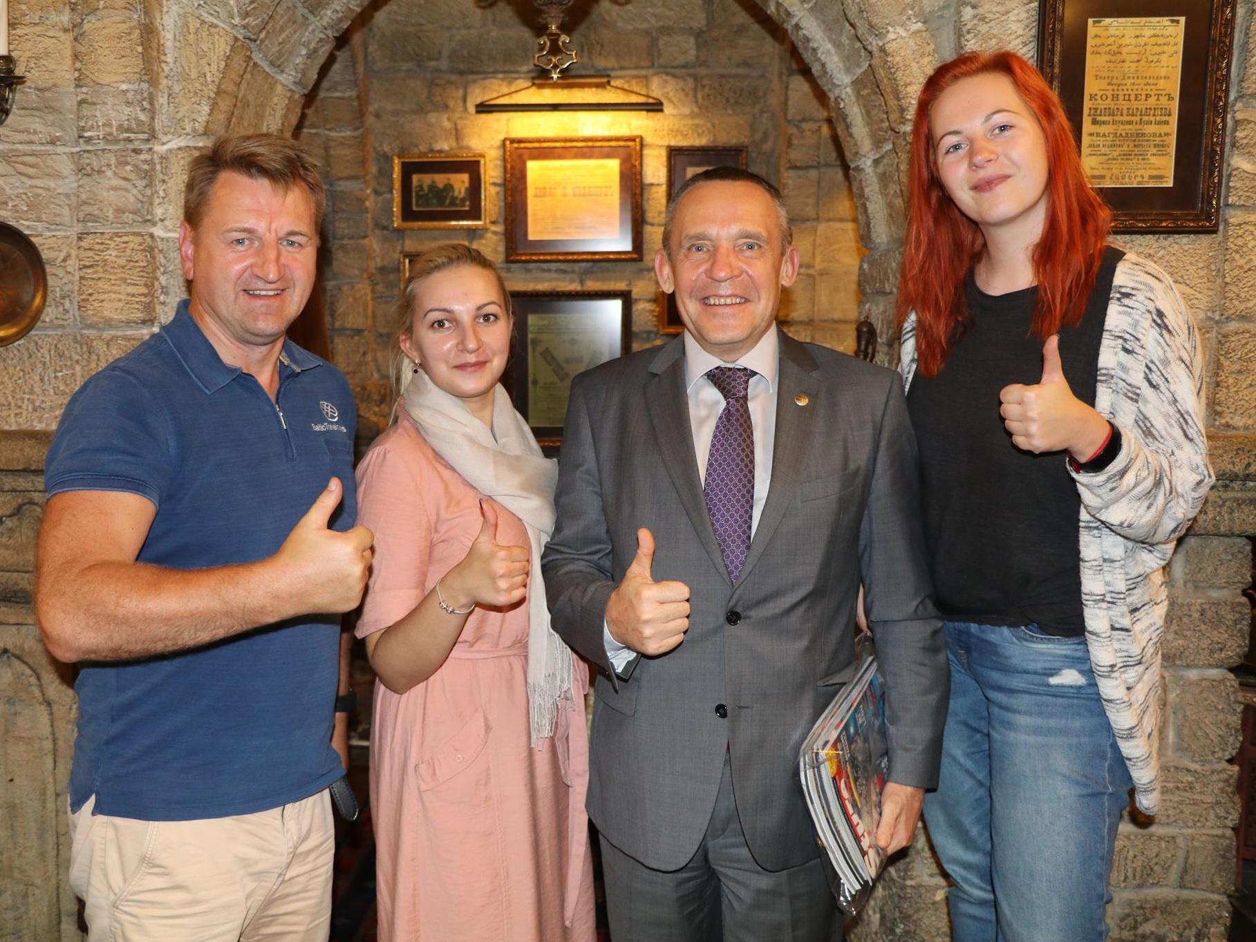 Гости из Латвии покорены красотой столицы Азербайджана – ФОТО