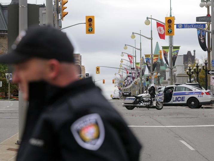 Полиция Канады выписала первый штраф за незаконное употребление марихуаны