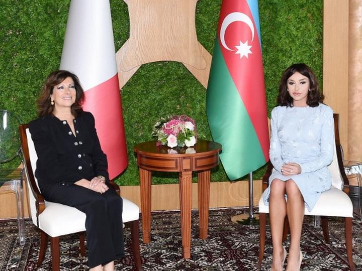 Mehriban Əliyeva İtaliya Senatının sədri ilə görüşüb – FOTO