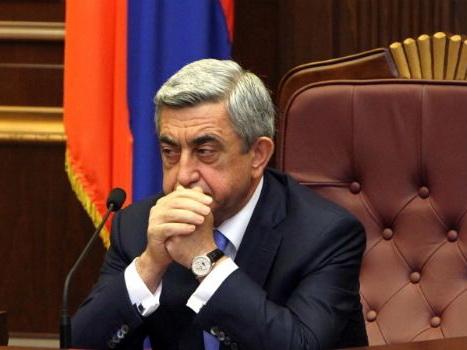 Партия Саргсяна решила идти на выборы