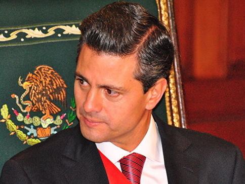 Президент Мексики пообещал не допустить вторжения мигрантов