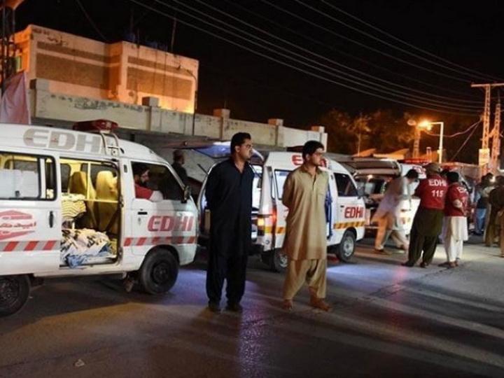 В Пакистане столкнулись два автобуса, не менее 19 человек погибли