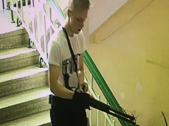 Керченский убийца сжег свои личные вещи и закопал сейф на полигоне перед бойней – ВИДЕО